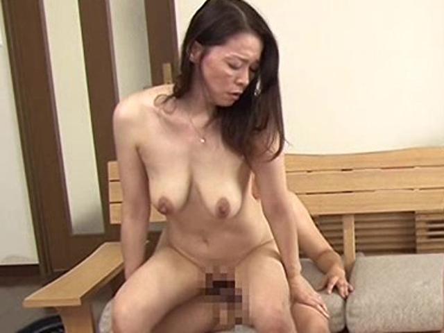 紅月ひかり-垂れ乳-美熟女-04