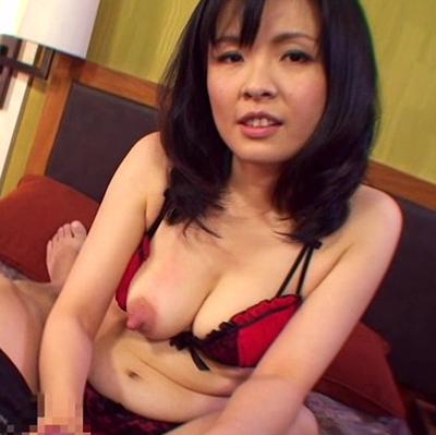 隅田かおる-垂れ乳-デカ乳輪-デカ乳首-熟女